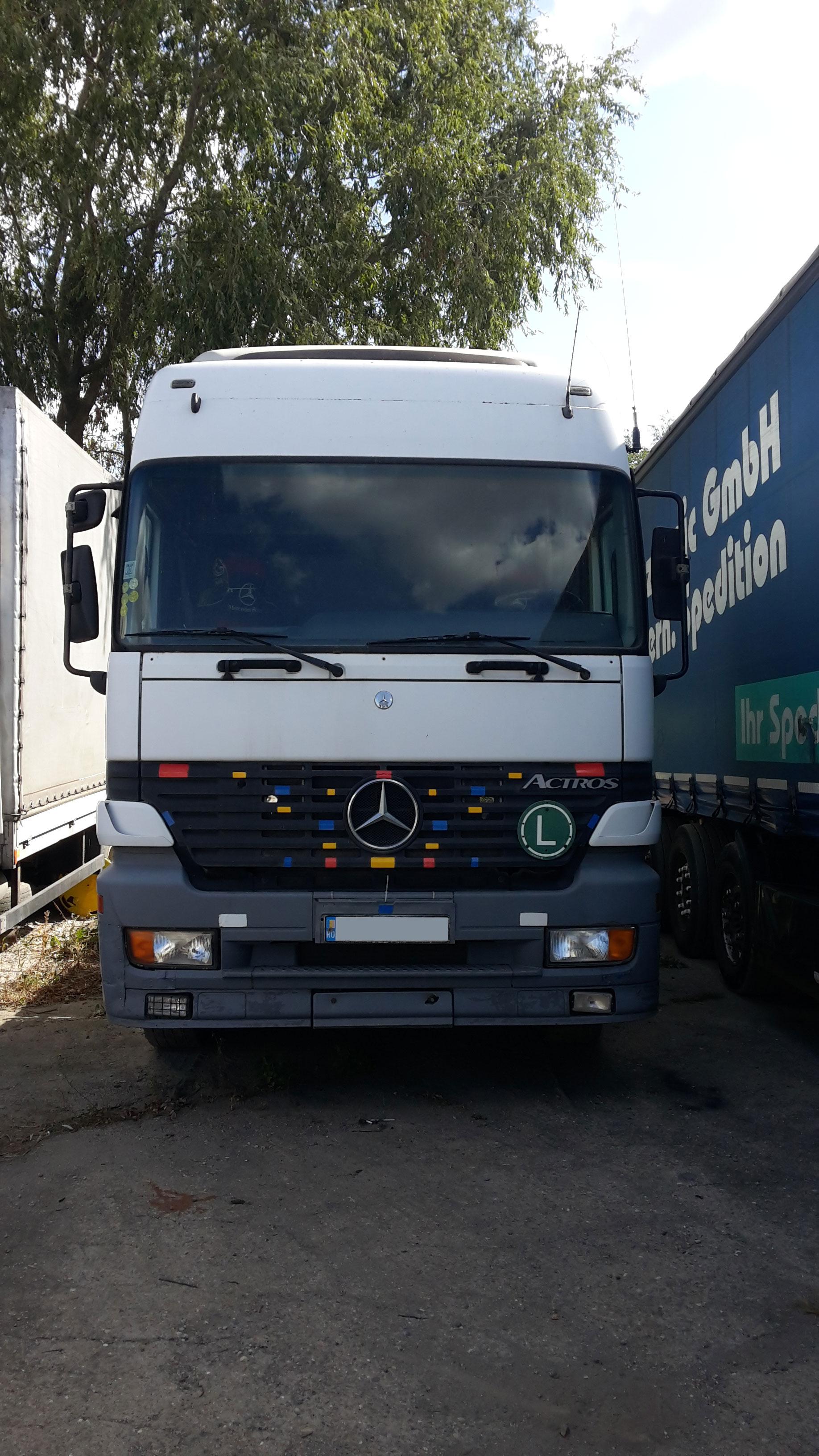 Vand cap tractor Mercedes-Benz Actros 1840. Tel: 0726770327
